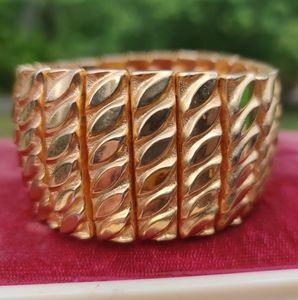 Vintage gold expandable Bracelet